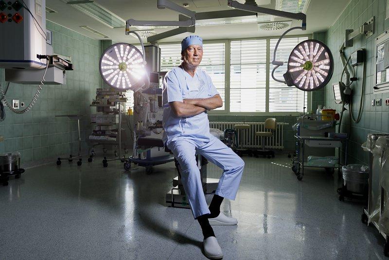 Schönheitschirurg Dr Mang